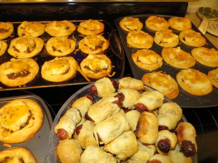 Banger Puffs and Miniature Shepherd's Pie...mmmm...
